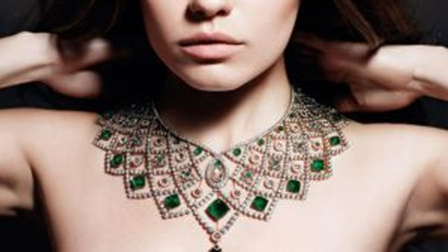 How-coloured-gemstones-knocked-diamonds-off-their-perch