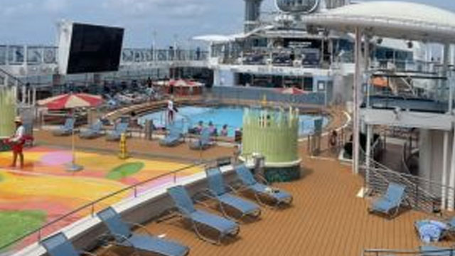 Royal-Caribbean-scores-a-winner-with-cruise-to-nowhere